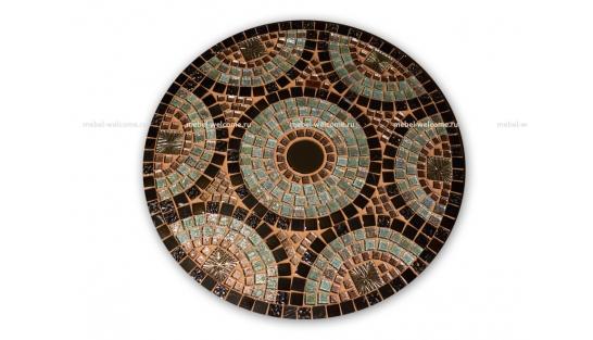 Столик отделанный мозаикой