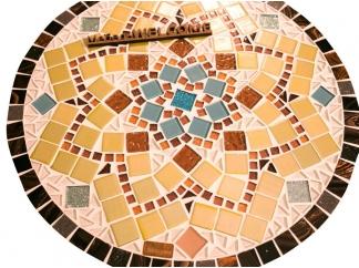 Столик с мозаичной столешницей  Эрика_31 d40