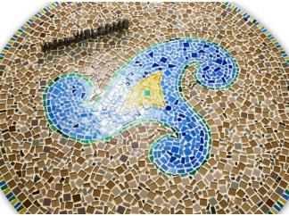 Столик декорированный мозаикой Каприз_7 d50