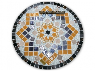 Столик с мозаичной столешницей  Эрика_34 d40