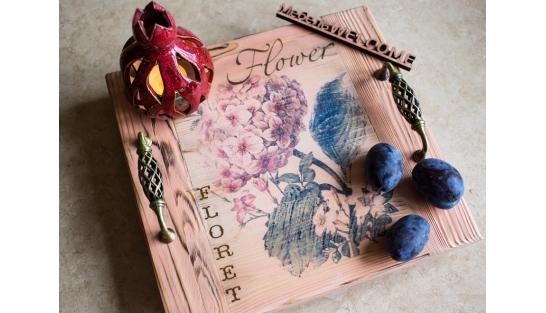 Подносы деревянные с ручками