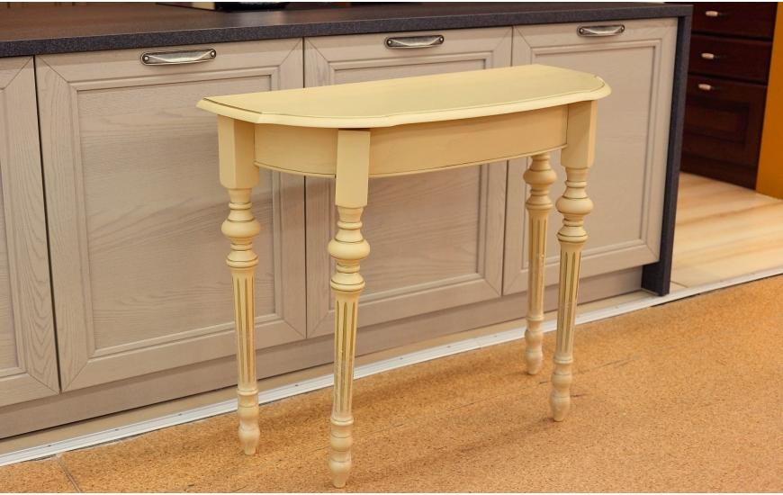 Белые консольные столы